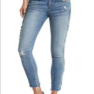 BLANKNYC Fray For Days Skinny Jeans